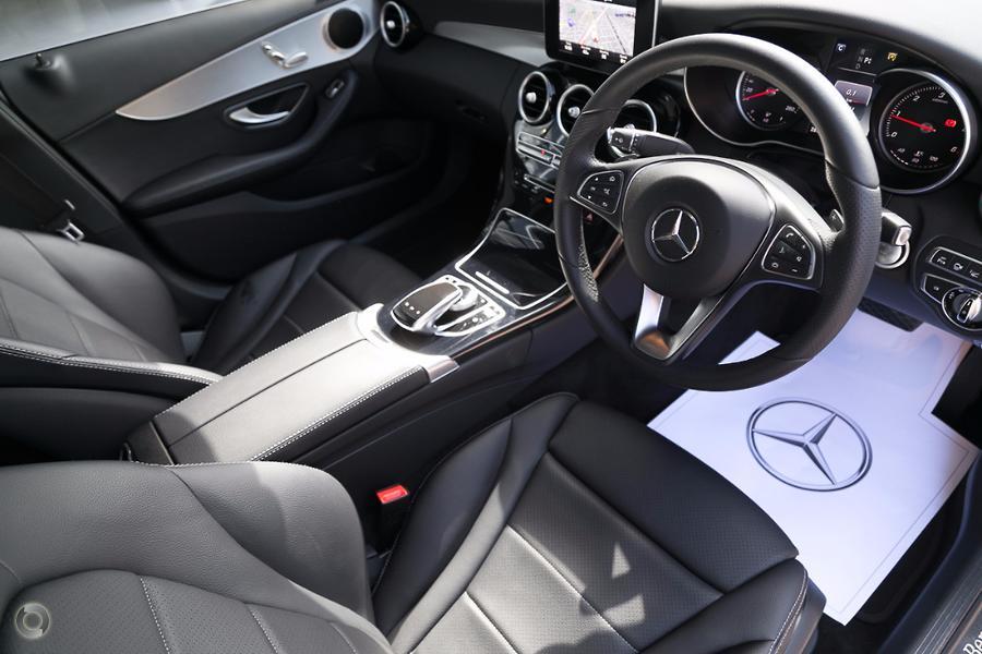 2017 Mercedes-Benz C 200 Sedan
