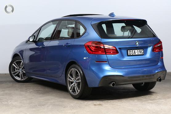2016 BMW 220 i M Sport