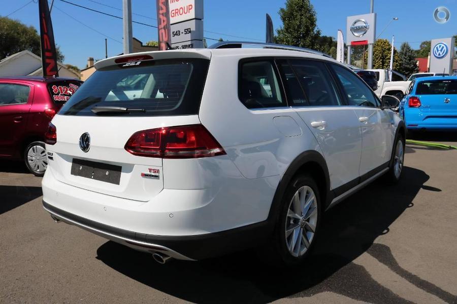 2017 Volkswagen Golf Alltrack 132TSI 7