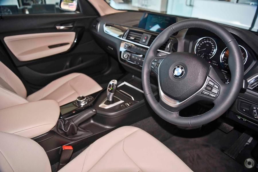 2017 BMW 118i Urban Line