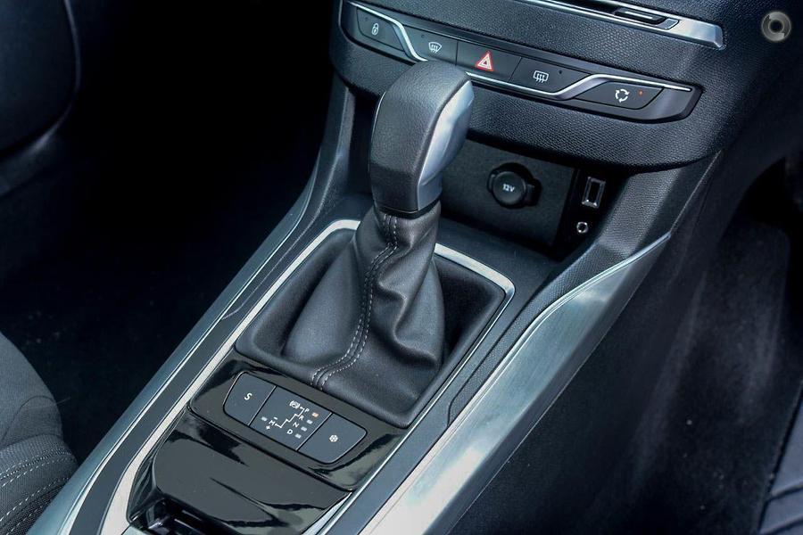 2014 Peugeot 308 Allure T9