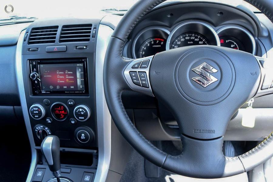 2017 Suzuki Grand Vitara Navigator JB