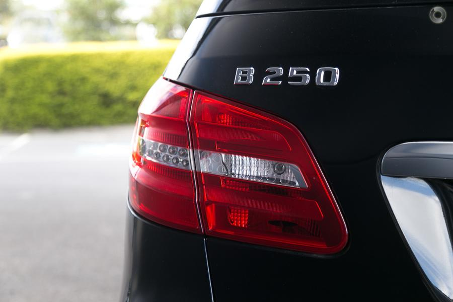 2013 Mercedes-Benz B 250 Hatch
