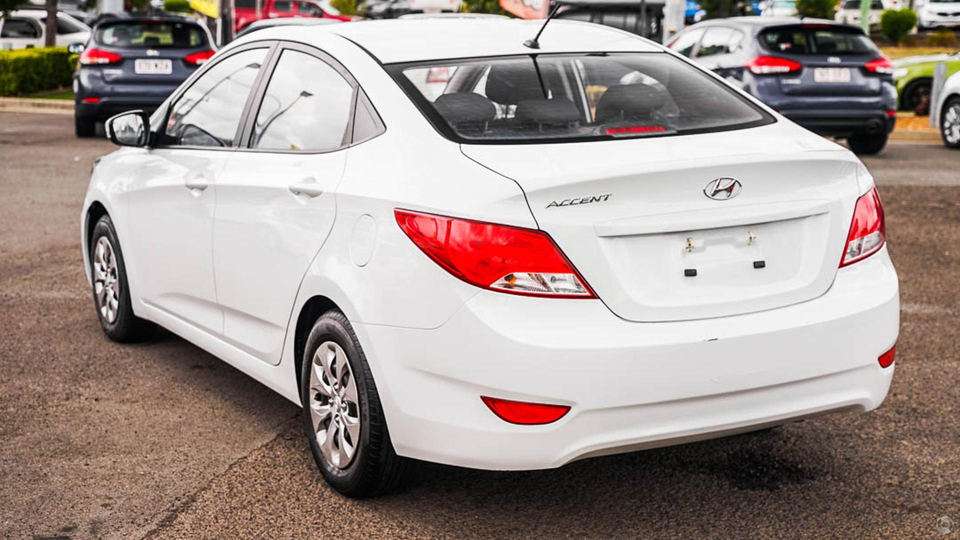 2015 Hyundai Accent Active RB2