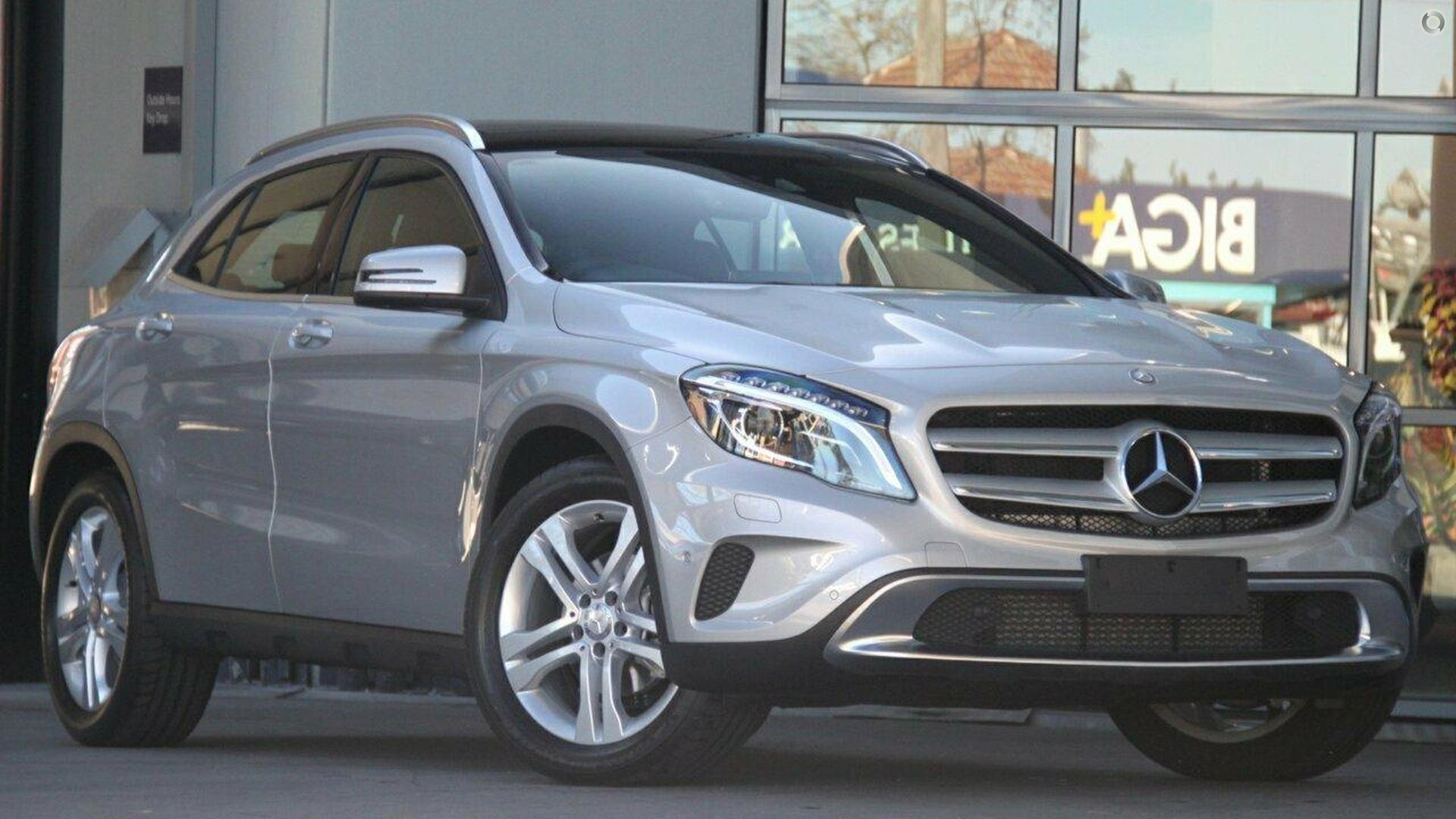 2017 mercedes benz gla 220 wagon mercedes benz hornsby for Mercedes benz pre owned vehicle locator