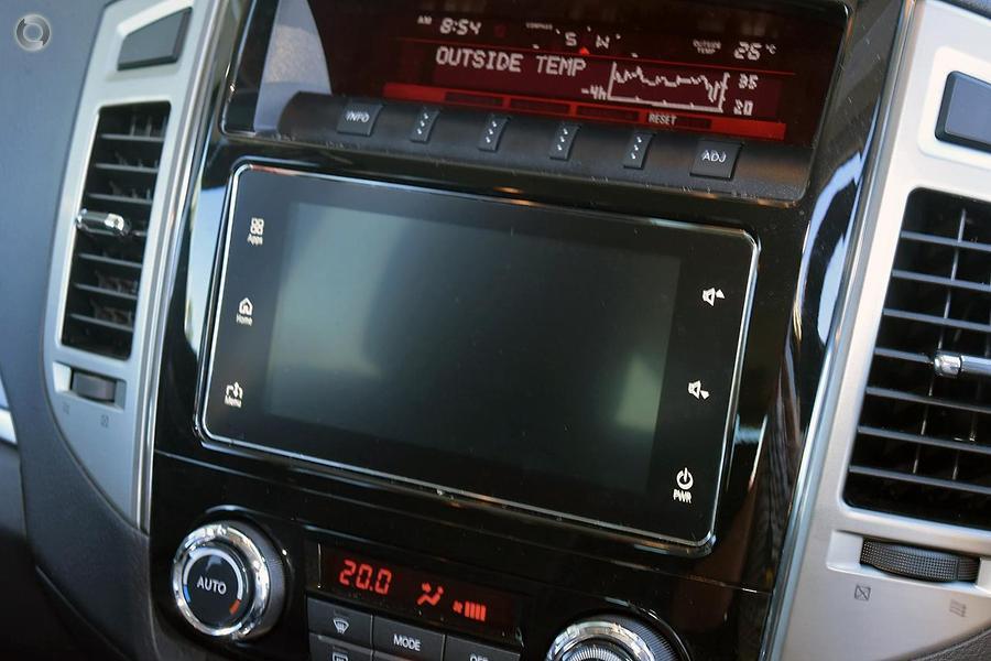 2017 Mitsubishi Pajero GLS NX