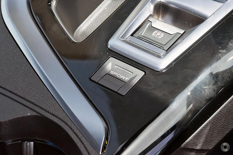 2017 Peugeot 3008 GT P84