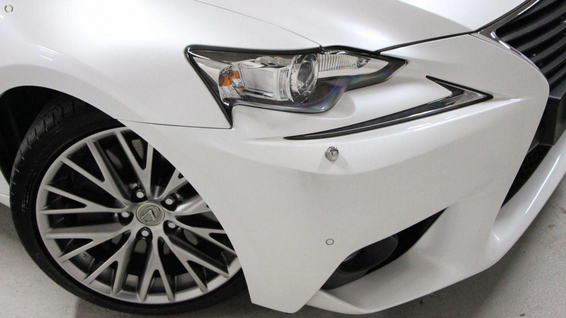 2016 Lexus Is200t Sports Luxury ASE30R