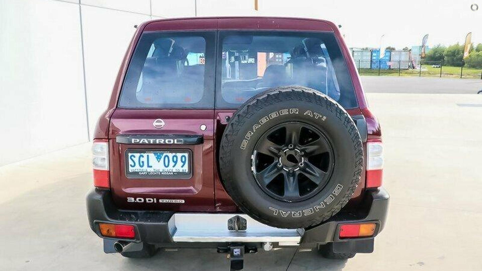 2003 Nissan Patrol ST GU III