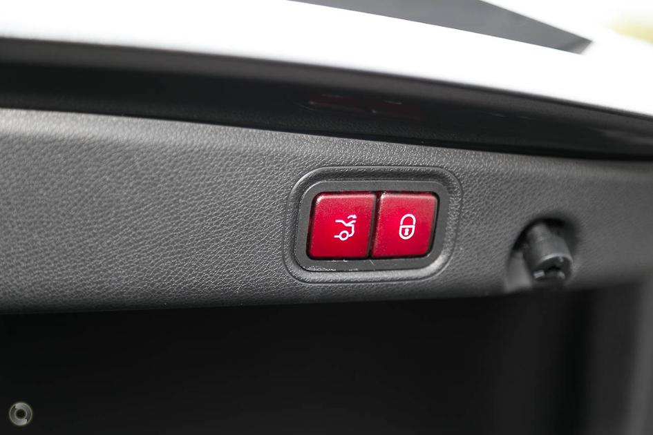 2018 Mercedes-Benz E 350 Sedan