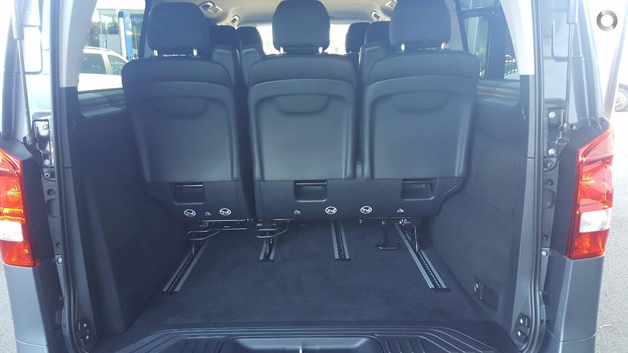 2017 Mercedes-Benz VALENTE Wagon