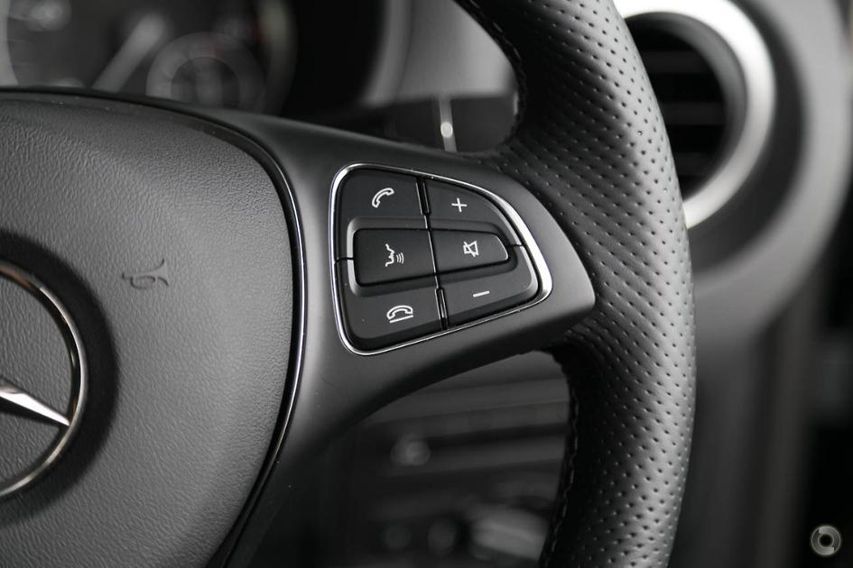 2018 Mercedes-Benz VALENTE Wagon