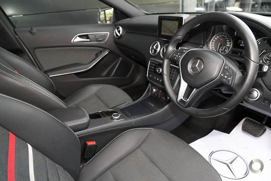 2015 Mercedes-Benz A 180