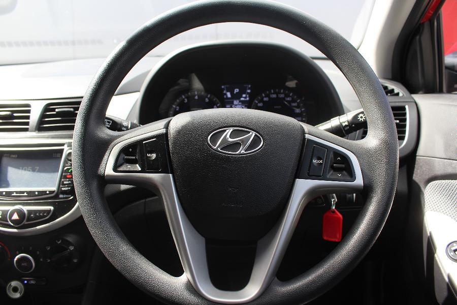 2014 Hyundai Accent Active RB2