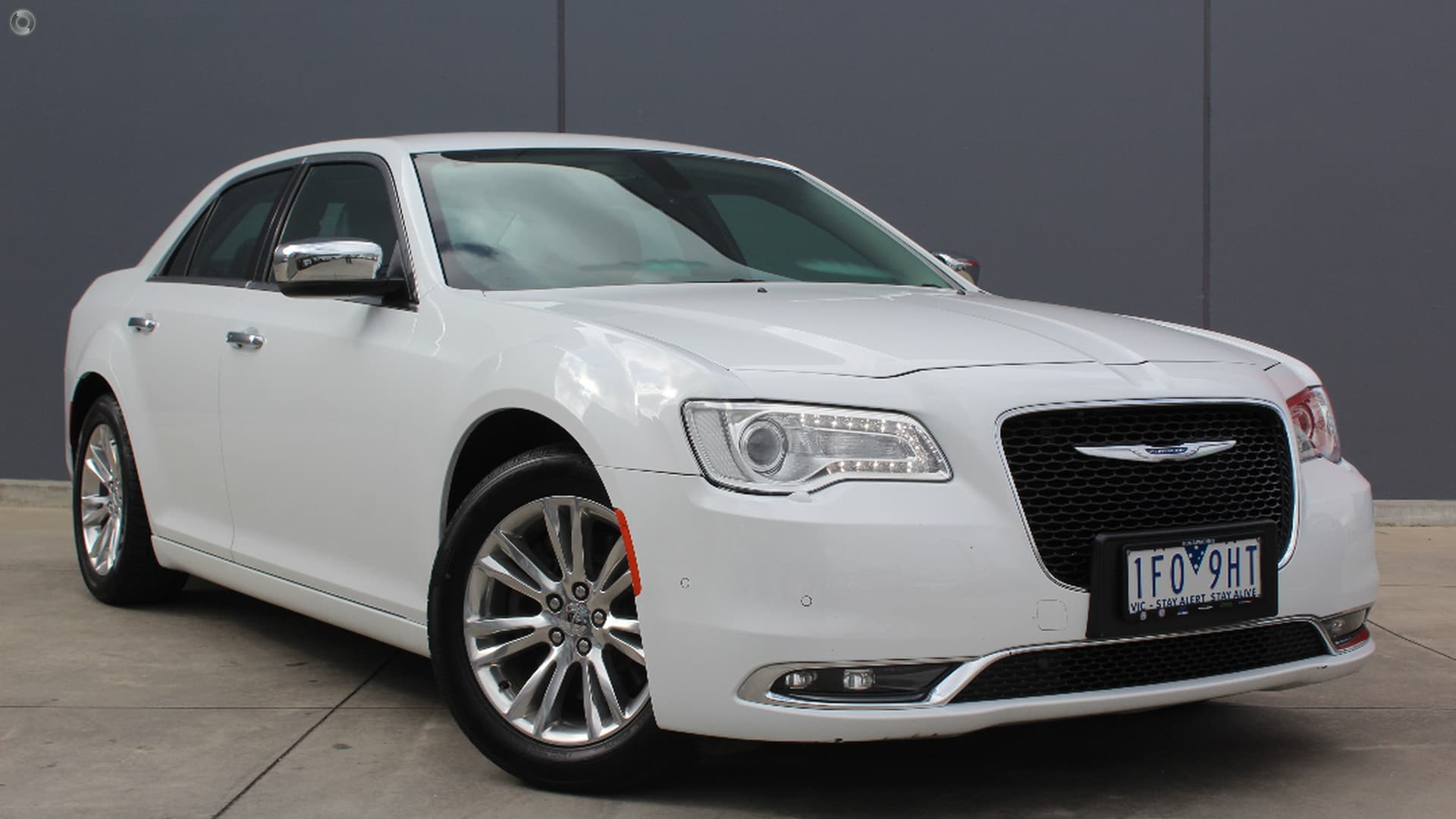 2015 Chrysler 300 LX