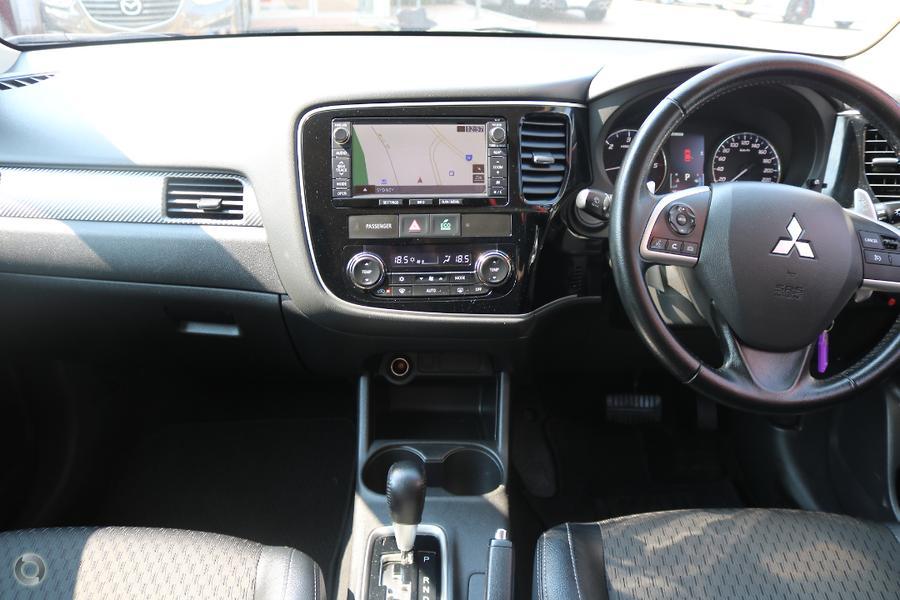 2014 Mitsubishi Outlander LS ZJ