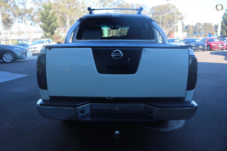 2011 Nissan Navara ST-X 550 D40
