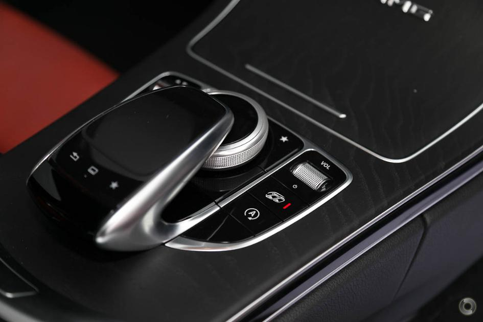 2015 Mercedes-Benz C 63 Sedan