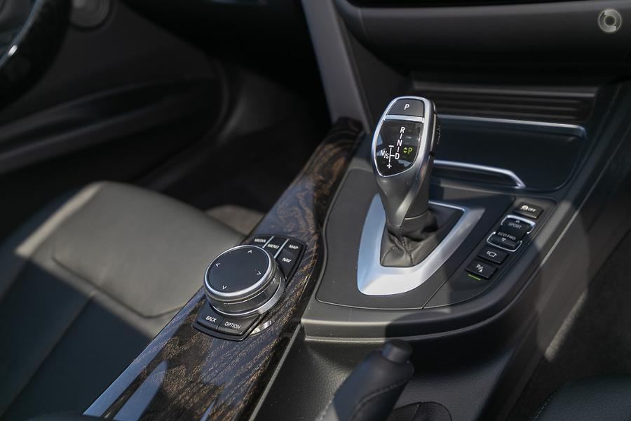 2017 BMW 340i Luxury Line