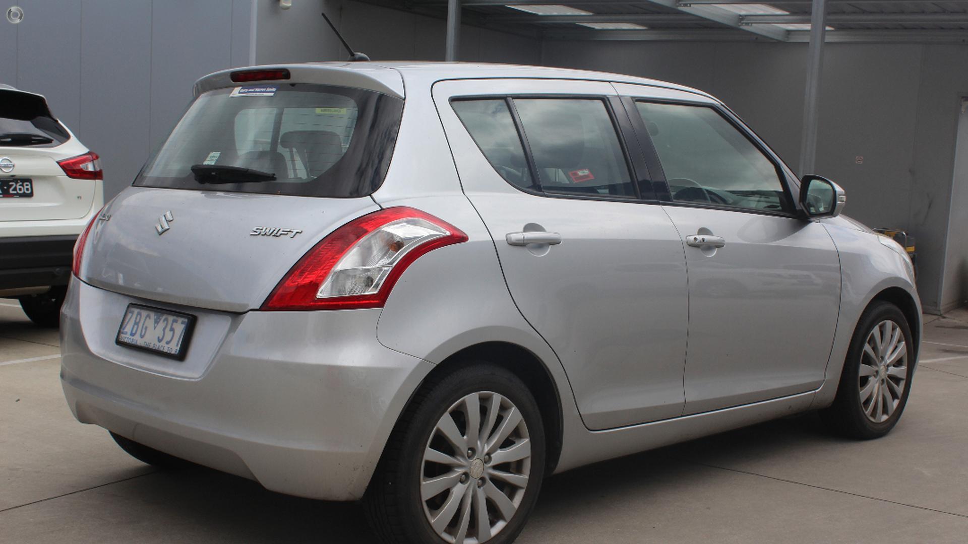 2011 Suzuki Swift GLX FZ