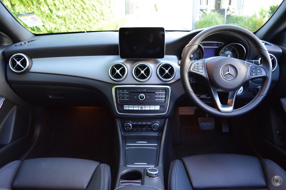 2017 Mercedes-Benz CLA 200 Shooting Brake