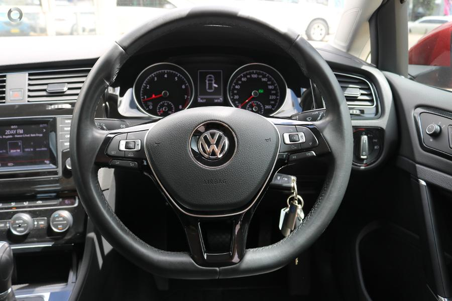 2014 Volkswagen Golf 103TSI Highline 7