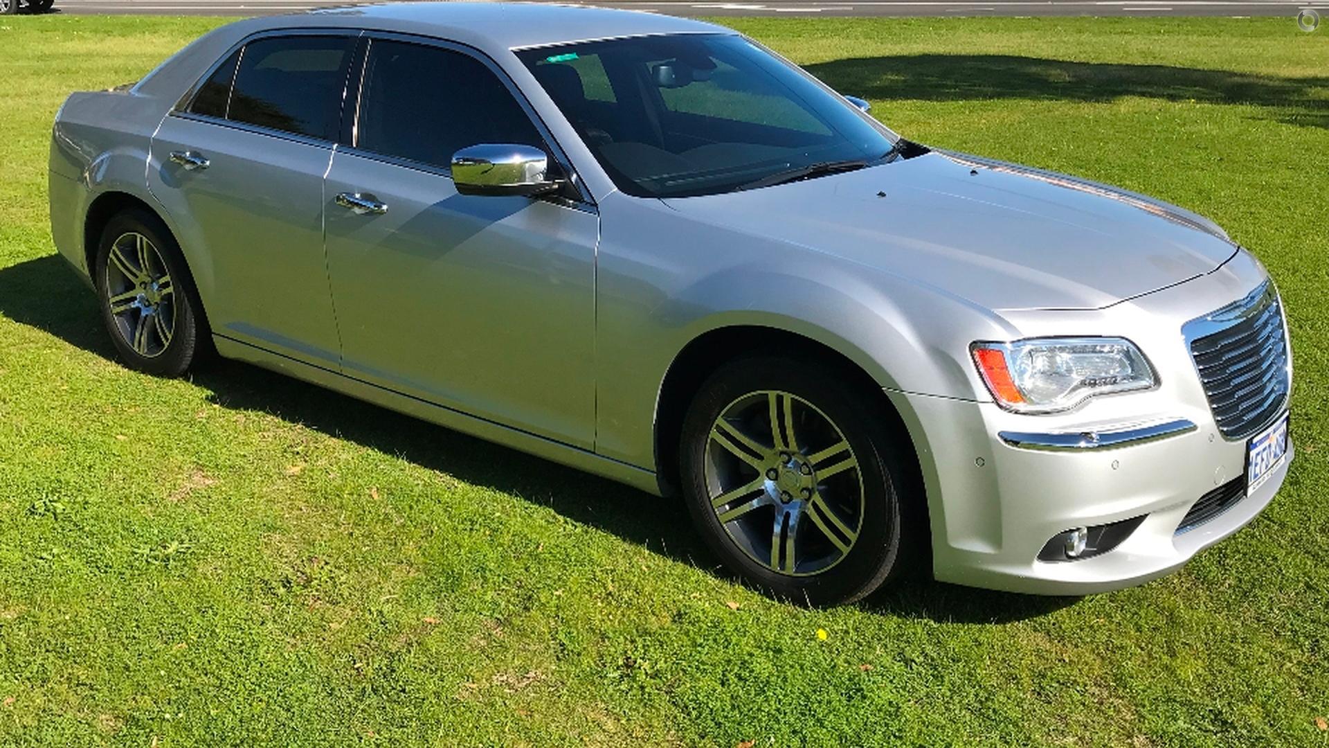 2012 Chrysler 300 LX