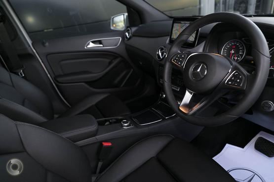 2018 Mercedes-Benz B 180