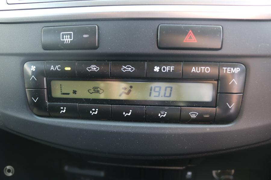 2014 Toyota Hilux SR5 KUN26R