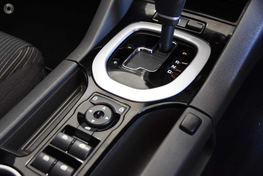 2010 Holden Commodore SV6 VE