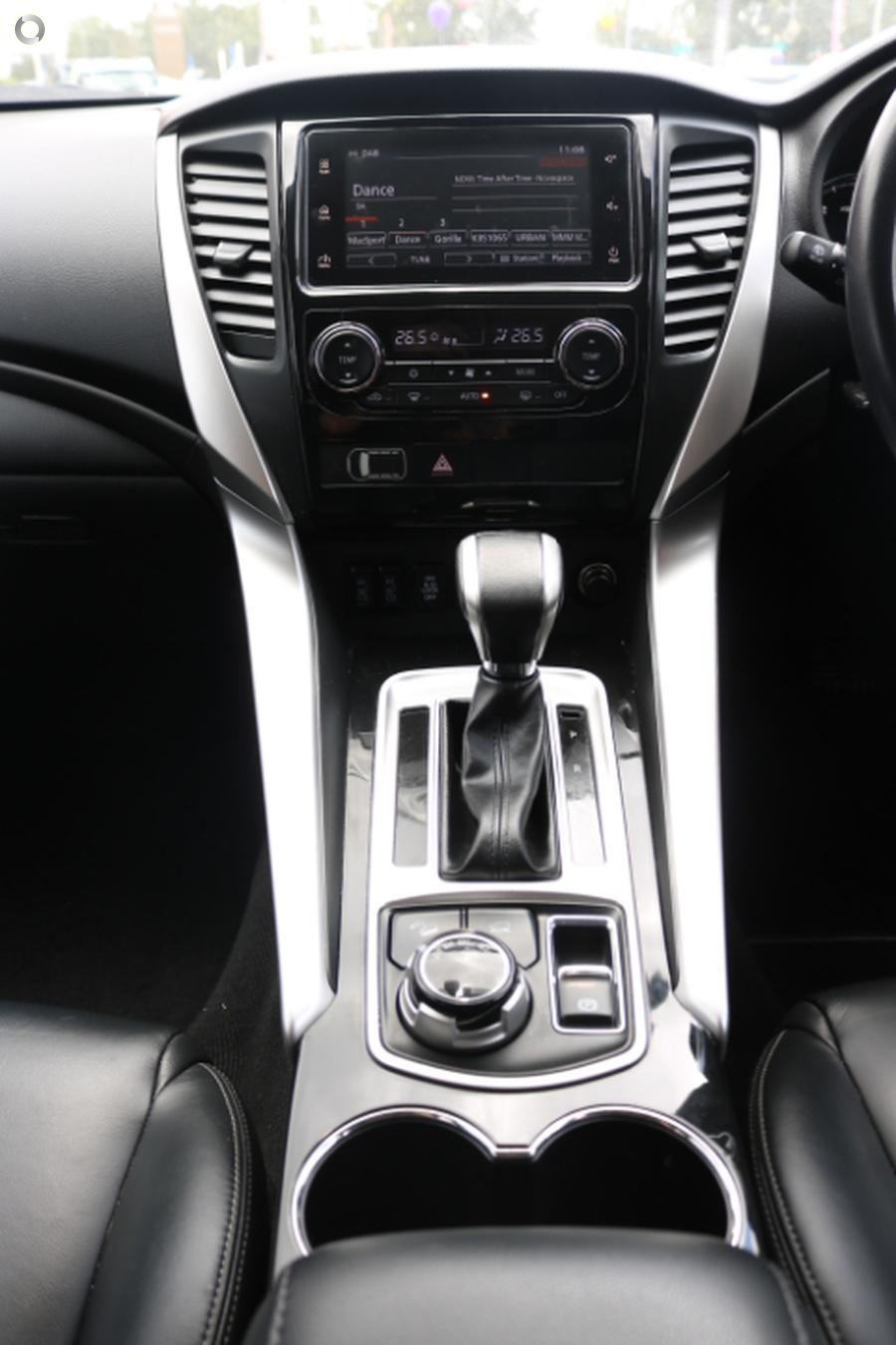 2015 Mitsubishi Pajero Sport Exceed QE