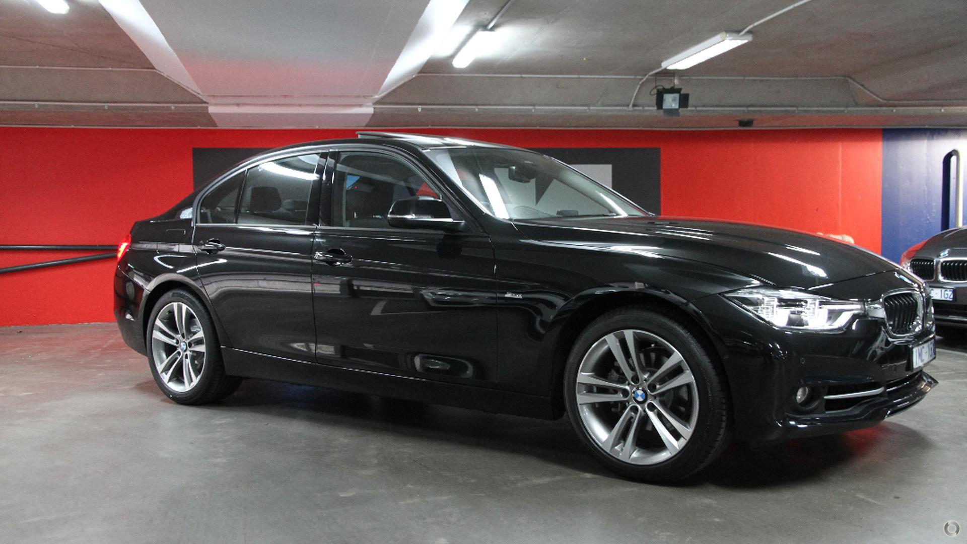 2017 BMW 318i Luxury Line