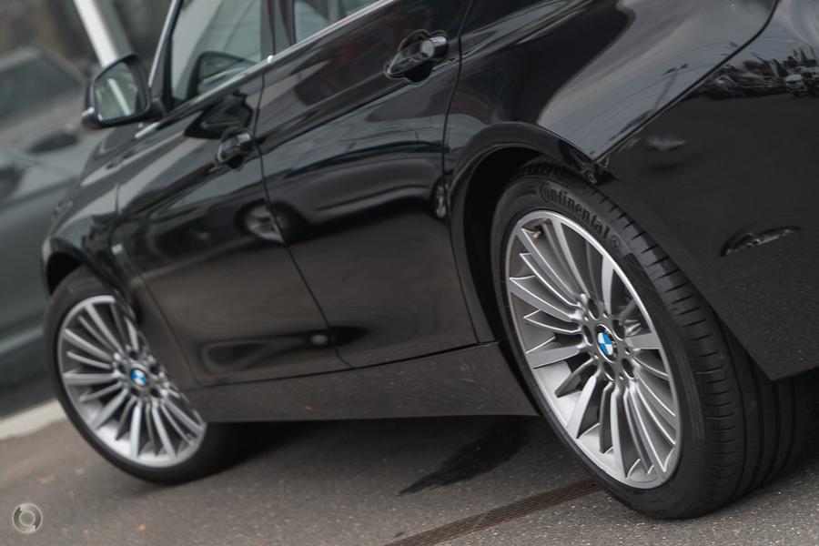 2015 BMW 330i Luxury Line