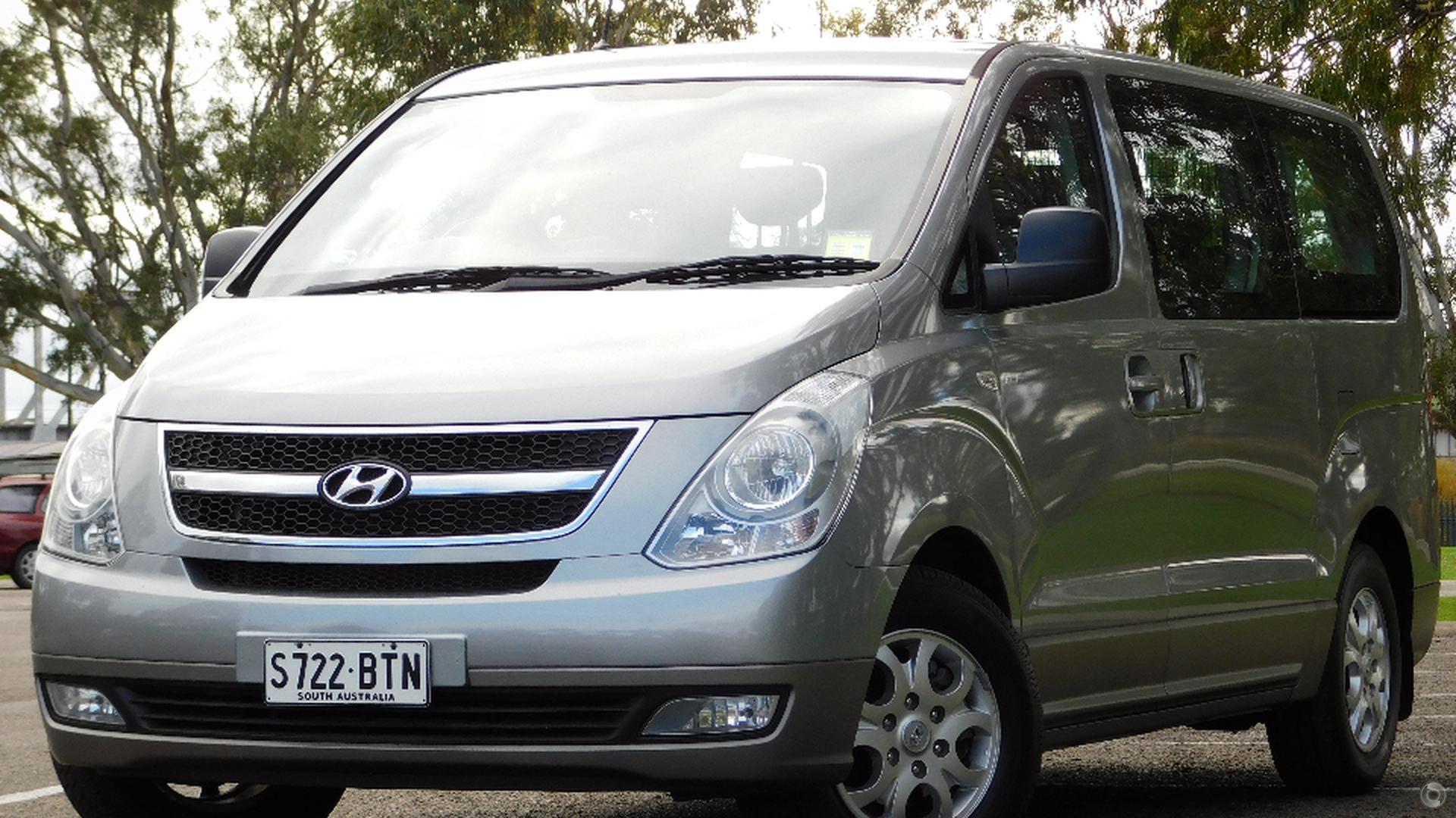 2012 Hyundai Imax