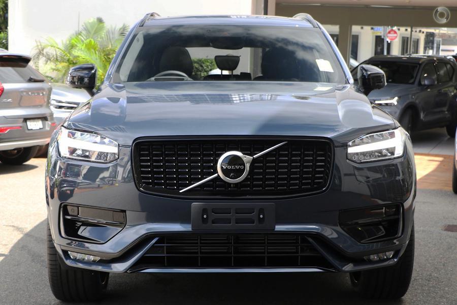 2020 Volvo XC90 T6 R-Design