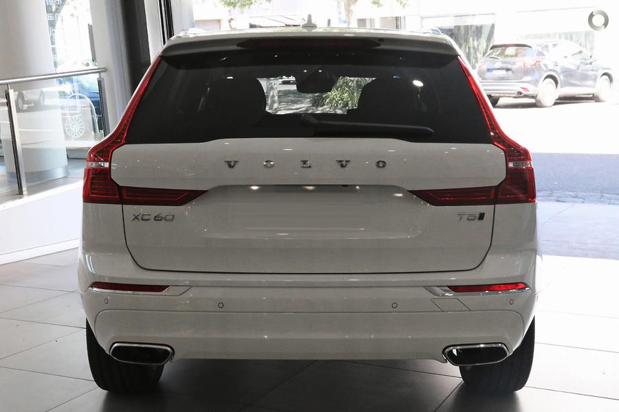 2020 Volvo XC60 T5 Inscription