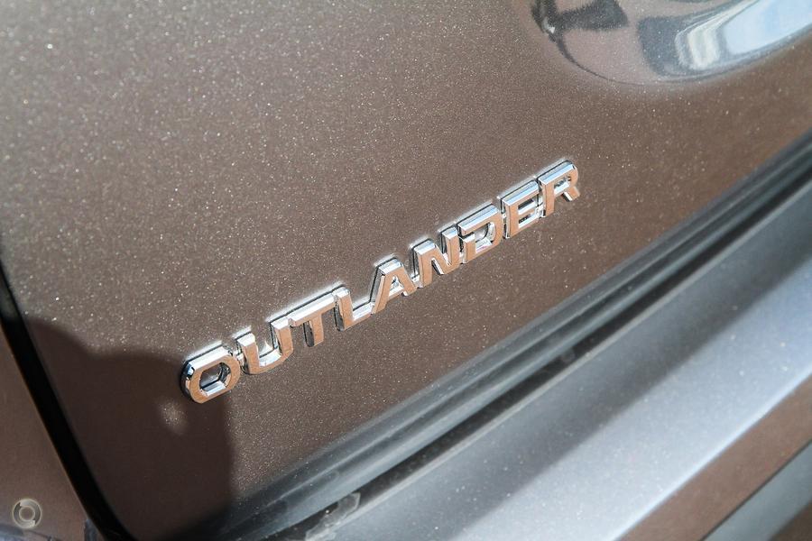 2021 Mitsubishi Outlander Exceed ZL