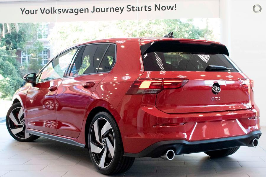 2021 Volkswagen Golf GTI 8
