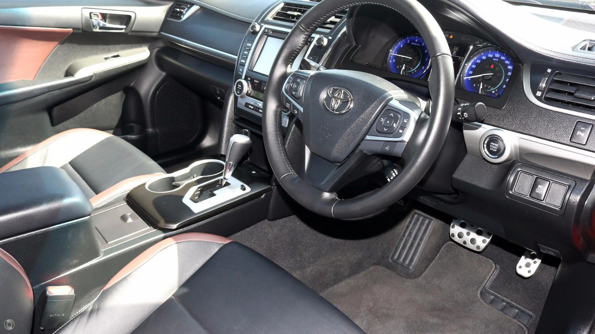 2017 Toyota Camry Atara SX ASV50R