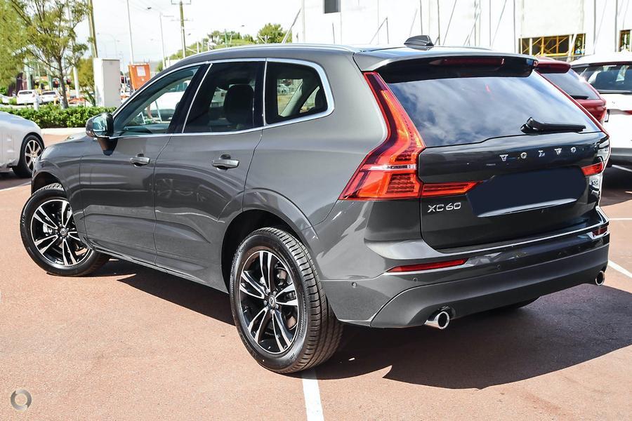 2020 Volvo XC60 T5 Momentum