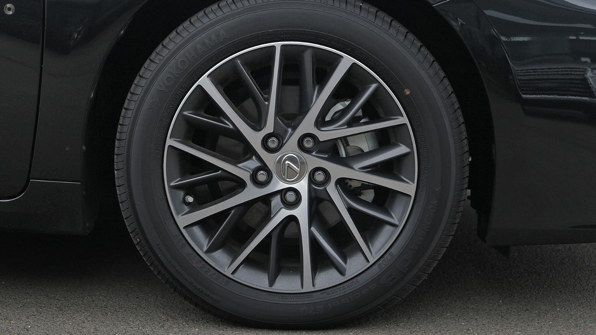2017 Lexus ES350 Sports Luxury GSV60R