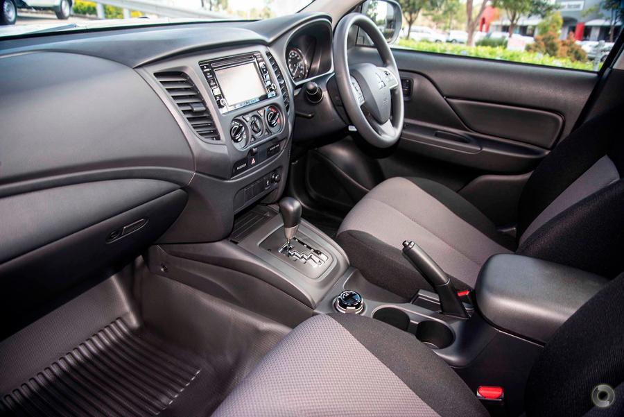 2021 Mitsubishi Triton GLX MR