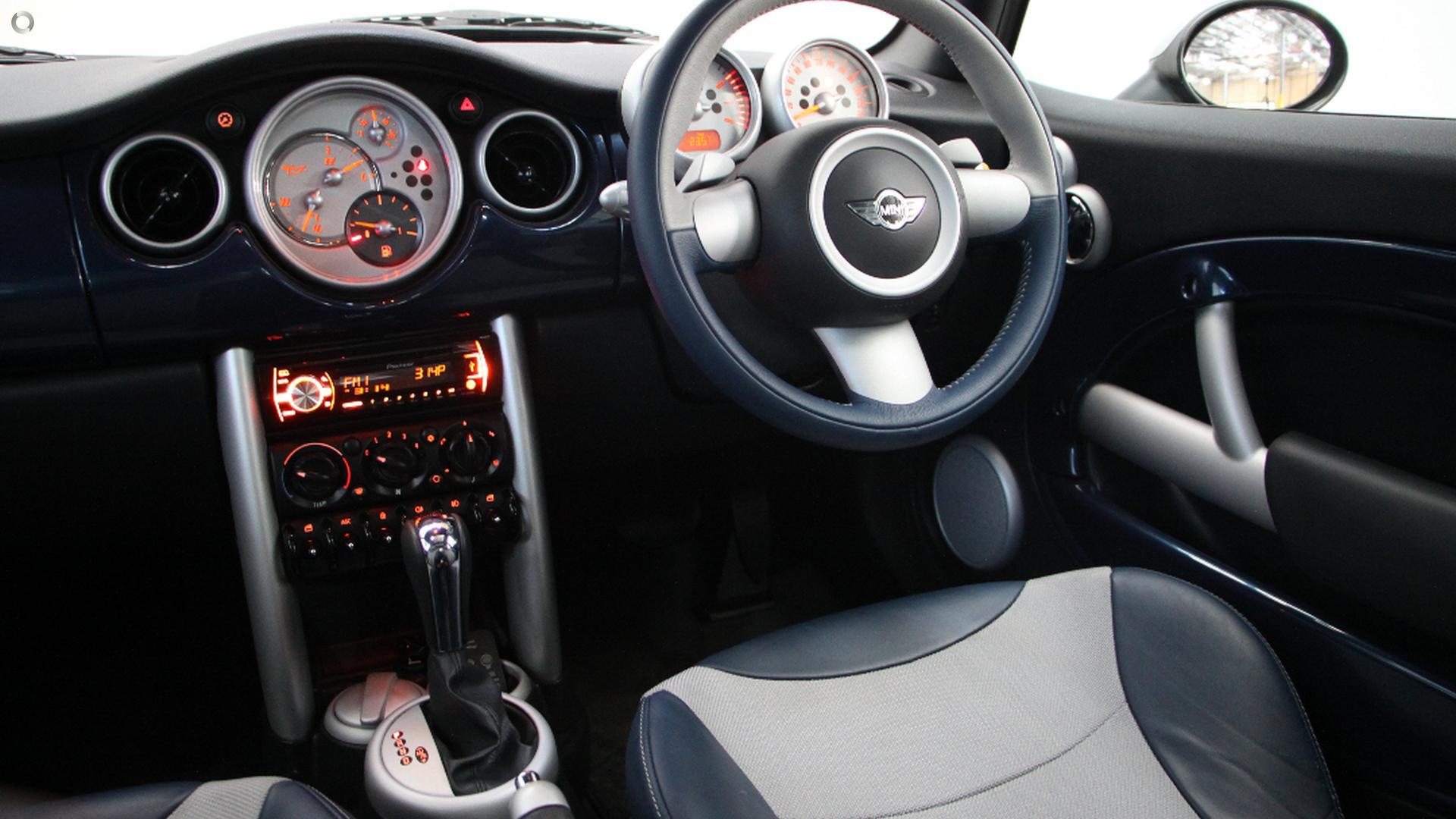 2006 MINI Hatch Cooper Checkmate R50