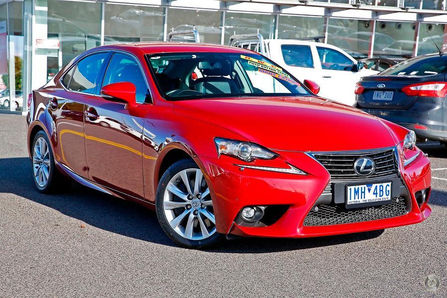 2015 Lexus IS200t Luxury ASE30R