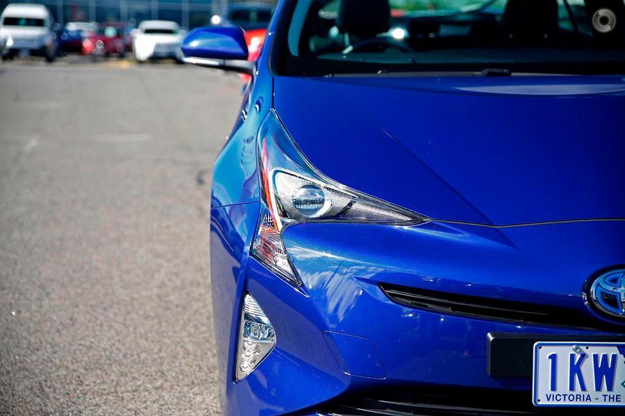 2017 Toyota Prius i-Tech ZVW50R