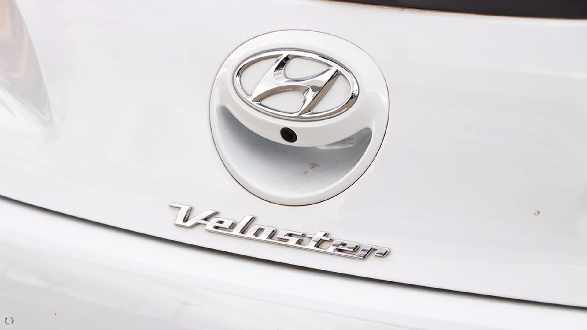 2016 Hyundai Veloster  FS5 Series II