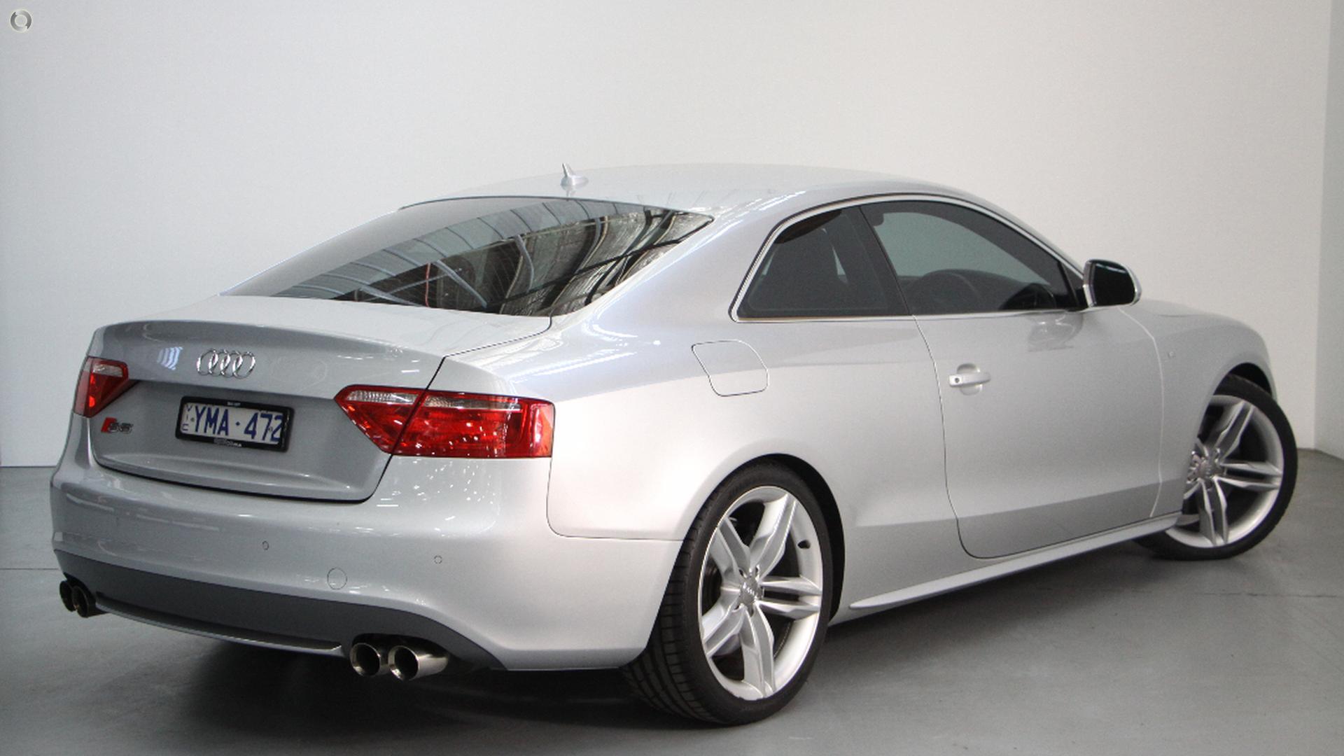 2008 Audi S5  8T