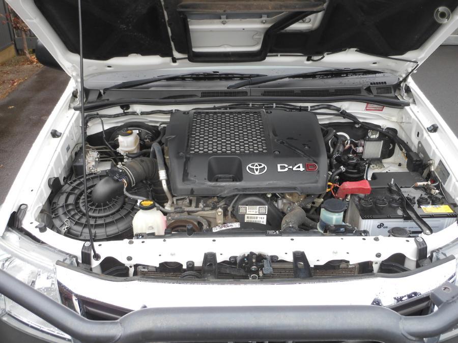 2015 Toyota Hilux SR KUN26R