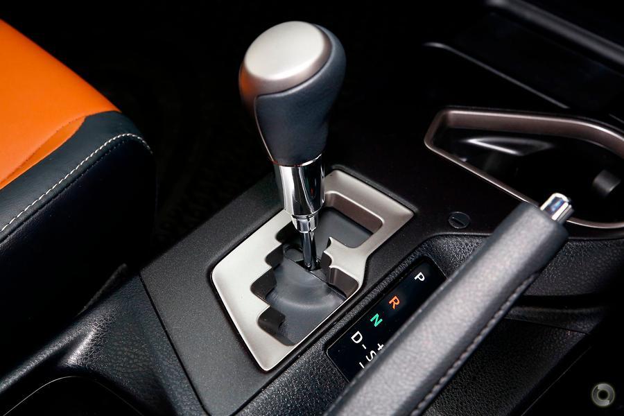2017 Toyota RAV4 Cruiser ASA44R