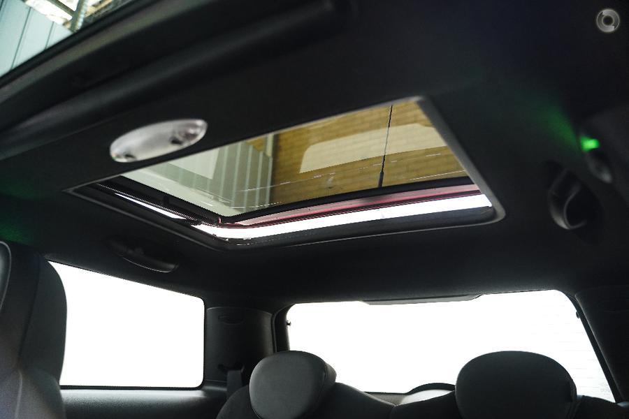 2013 MINI Hatch John Cooper Works R56 LCI